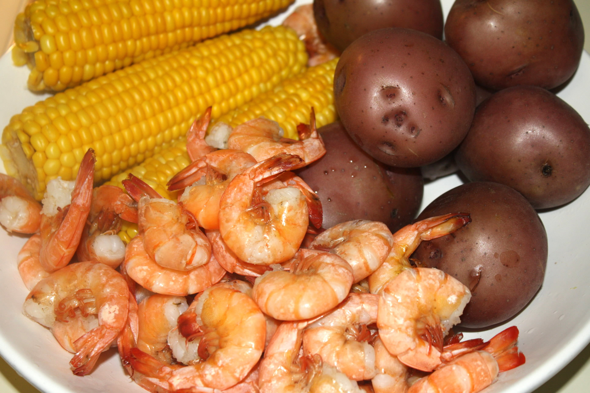 boil shrimp boil with corn and potatoes recipe martha stewart shrimp ...