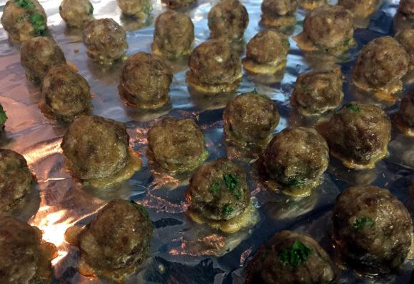 italian-wedding-soup-08-meatballs-cooked